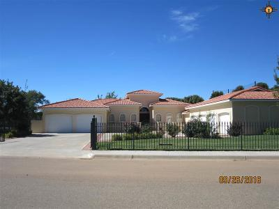 Clovis Single Family Home For Sale: 124 Colonial Estates Parkway