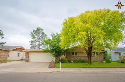 Artesia Single Family Home For Sale: 1809 W Briscoe Ave