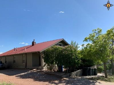 Gallup Multi Family Home For Sale: 107 W Mesa