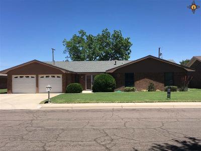 Hobbs Single Family Home For Sale: 1010 E Gold