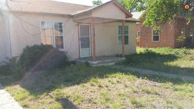 Portales Single Family Home For Sale: 1525 S Ave B