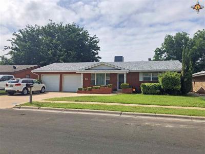 Lovington Single Family Home For Sale: 1403 W Avenue M