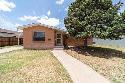 Portales Single Family Home For Sale: 124 Oklahoma Dr