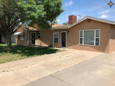 Clovis Single Family Home For Sale: 512 Sandia