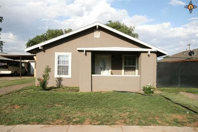 Clovis Single Family Home For Sale: 605 Sheldon
