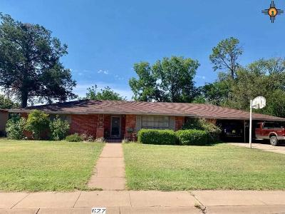 Hobbs Single Family Home For Sale: 627 E Llano Dr.