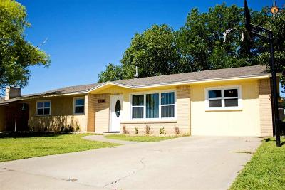 Artesia Single Family Home For Sale: 1508 S 21st St.