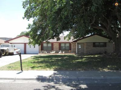 Hobbs Single Family Home For Sale: 631 W Silver Dr.
