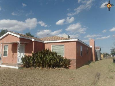Portales Single Family Home For Sale: 808 Redwine Quincy