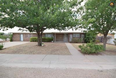 Portales Single Family Home For Sale: 1814 S Ave A