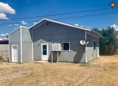 Gallup Single Family Home For Sale: 8 B Riggs