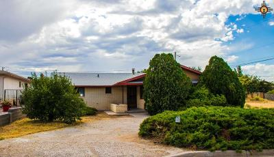Gallup Single Family Home For Sale: 1704 Cliff Drive