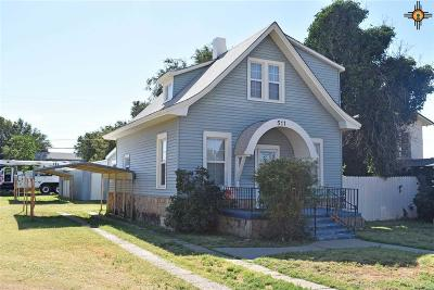 Clovis Single Family Home For Auction: 511 Gidding