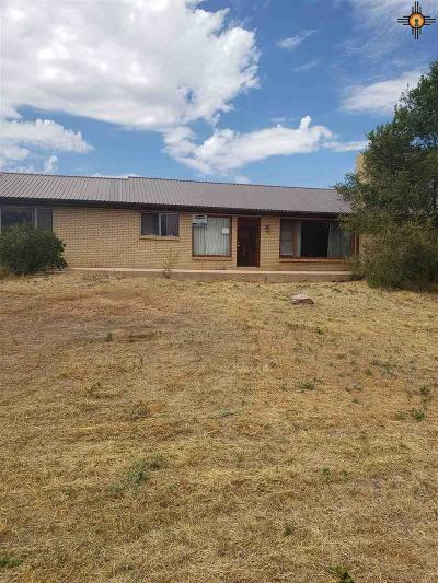 Gallup Single Family Home For Sale: 1502 Monterey