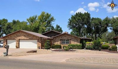 Clovis Single Family Home For Sale: 1500 Colonial Parkway