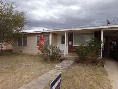 Single Family Home For Sale: 1702 Alamo Av