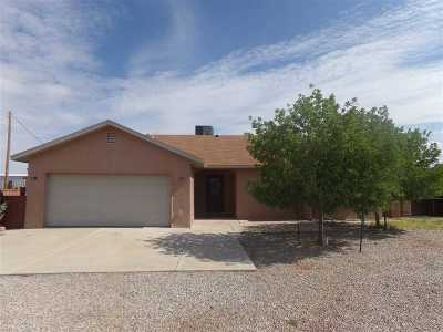La Luz NM Single Family Home For Sale: $189,700