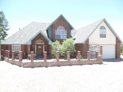 La Luz NM Single Family Home For Sale: $259,700