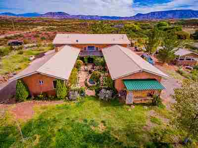 Tularosa Single Family Home For Sale: 11 Cross Creek Rd