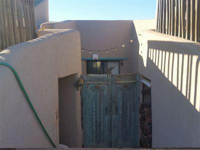 La Luz Single Family Home For Sale: 36 La Luz Canyon