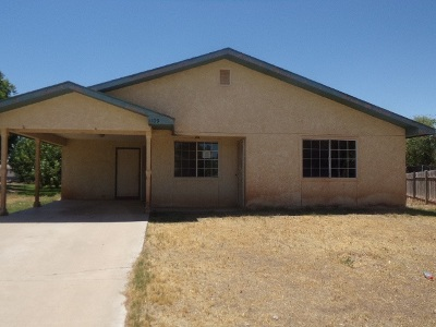 Tularosa Single Family Home Uc Taking Backup Offers: 1109 Marcial Cir