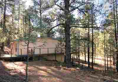 Weed Single Family Home For Sale: 208 Camp Tall Pines Rd