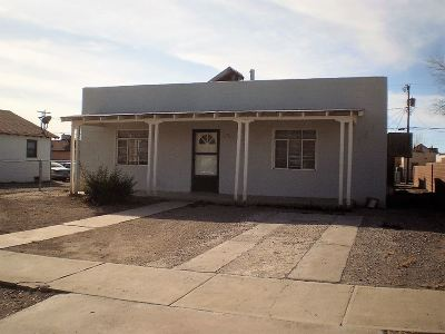 Alamogordo NM Single Family Home For Sale: $80,000