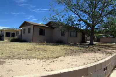 Alamogordo Single Family Home Under Contract: 2301 Oak Dr