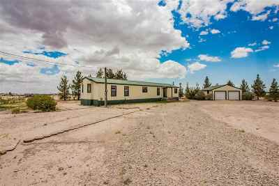 Tularosa Single Family Home For Sale: 15 Foothills Ln