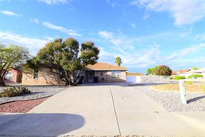 Alamogordo Single Family Home For Sale: 449 Yellowstone St
