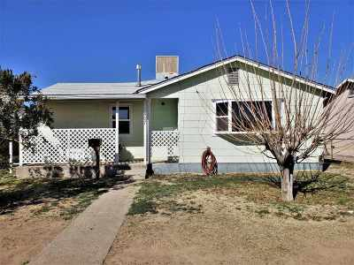Alamogordo Single Family Home Uc Taking Backup Offers: 807 Third St