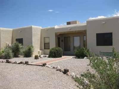 Single Family Home For Sale: 18 Puebla