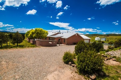 Single Family Home For Sale: 381 Fort Lone Tree Rd