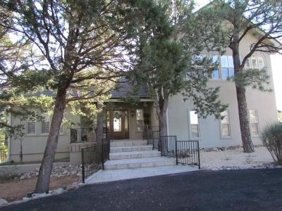 Single Family Home For Sale: 108 Oso Loop #6