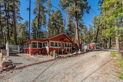 Single Family Home For Sale: 103 Whirlaway