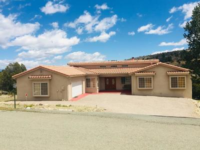 Single Family Home For Sale: 118 Antler Dr #3