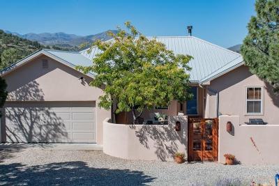 Single Family Home For Sale: 151 Sandesta Dr #1