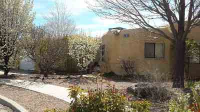 Santa Fe NM Single Family Home For Sale: $330,000