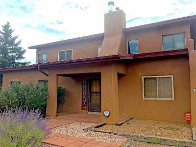 Single Family Home For Sale: 1426 Galisteo St