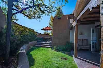 Santa Fe Condo/Townhouse For Sale: 334 Otero #1