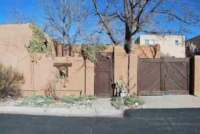 Santa Fe Condo/Townhouse For Sale: 985 Agua Fria #110