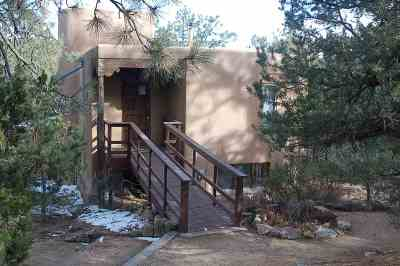 Santa Fe Single Family Home For Sale: 142 Overlook Road