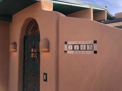 Santa Fe Single Family Home For Sale: 114 B Valencia Road