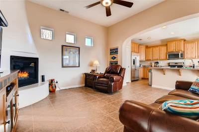 Santa Fe Single Family Home For Sale: 132 Rancho Viejo Blvd.