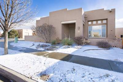 Santa Fe Single Family Home For Sale: 2 Coyote Pass