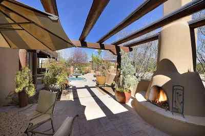 Single Family Home For Sale: 11 Entrada Descanso