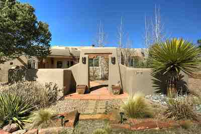 Santa Fe Single Family Home For Sale: 2610 Sol Y Nubes