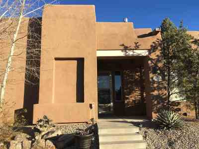 Santa Fe Single Family Home For Sale: 32 Sobradora