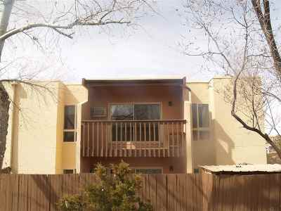 Santa Fe Condo/Townhouse For Sale: 151 Calle Ojo Feliz #M