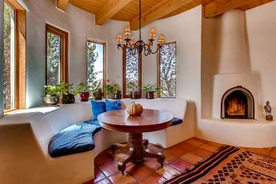 Santa Fe NM Single Family Home For Sale: $699,000